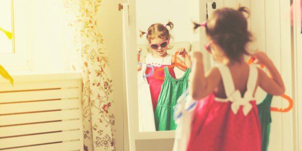 Bygg  et  eget  rom  for  barnas  klær
